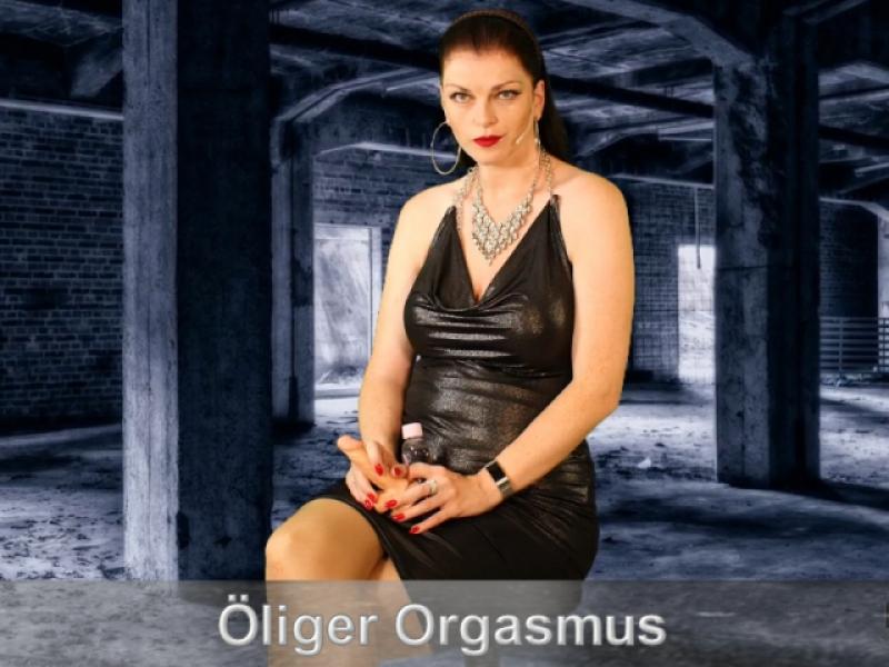 LadyJulina: Öliger Orgasmus mit intensiven Wichsbefehl für