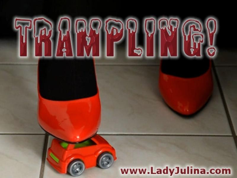 Spielzeugauto Trampling