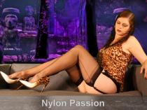Nylon Passion – Vintage-Nylon-Teasing