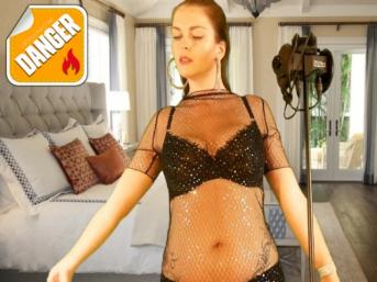 ASMR-Teasing-Brainfuck – Die Brüste Deiner Herrin komplett